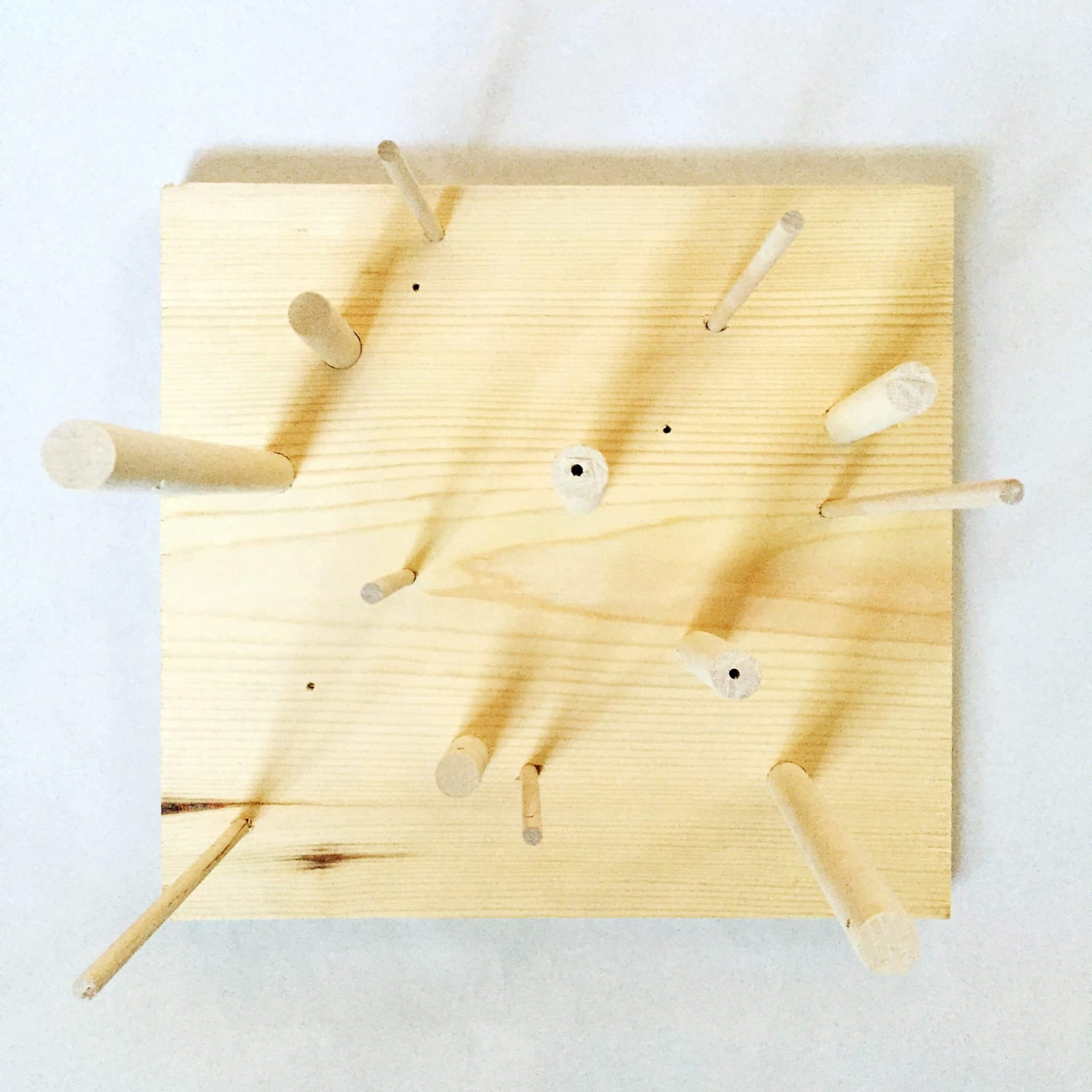 10-Minute DIY Thingamaboard: A simple versatile wooden toy for creative kids via barley and birch