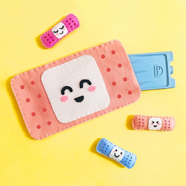 This sweet simple DIY hot or cold pack covers will turn bump and scrape frowns upside down! Templates for your own bruise buddies and mini softie bandaids are included.